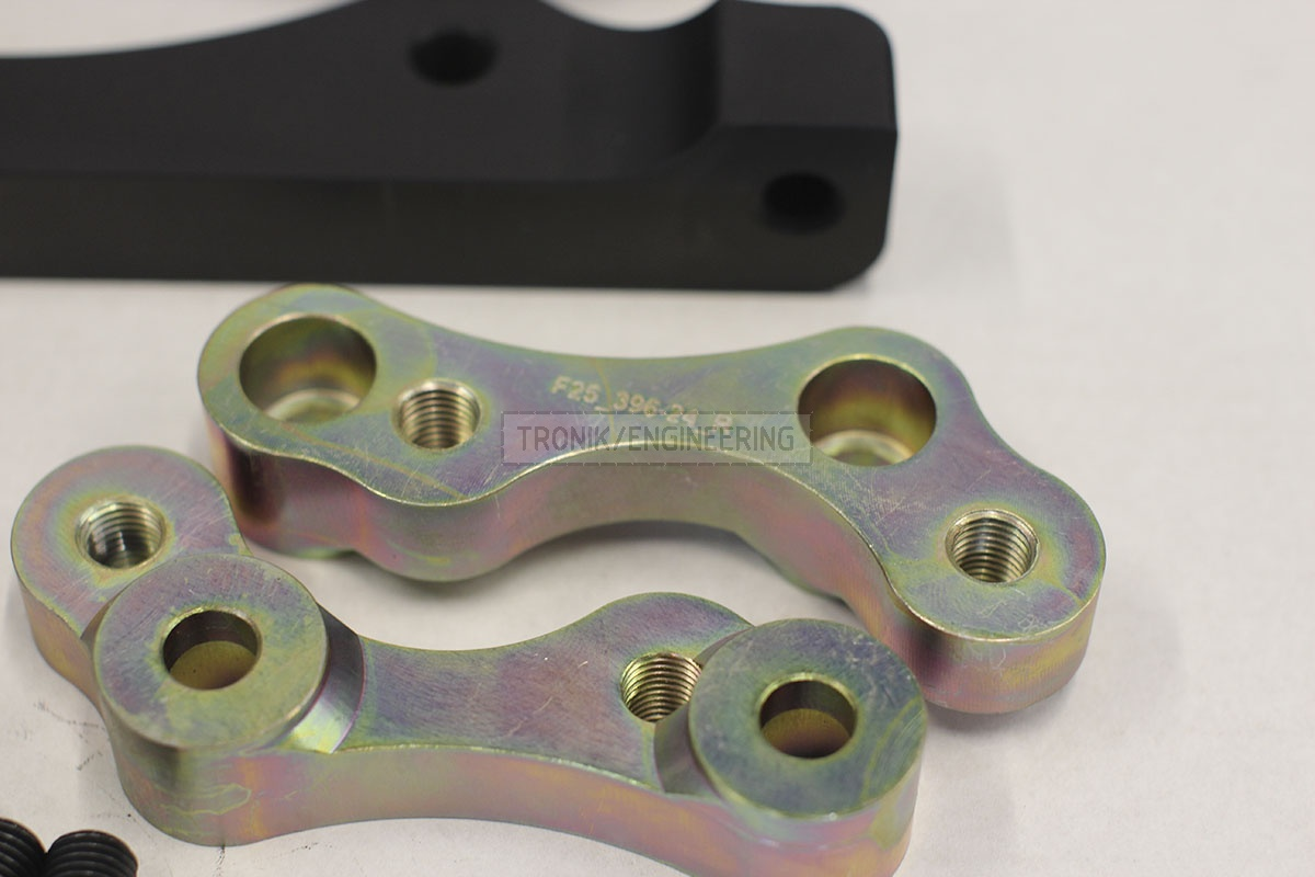 BMW F25/F26 adapters by Tronik to install M5 F10 brakes. pic 2