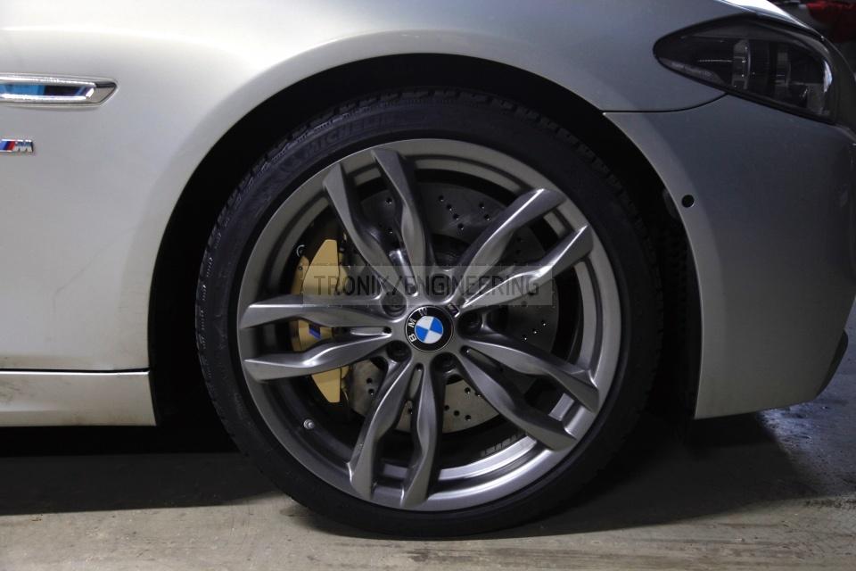 Installed BMW F10 font brake system. pic 1
