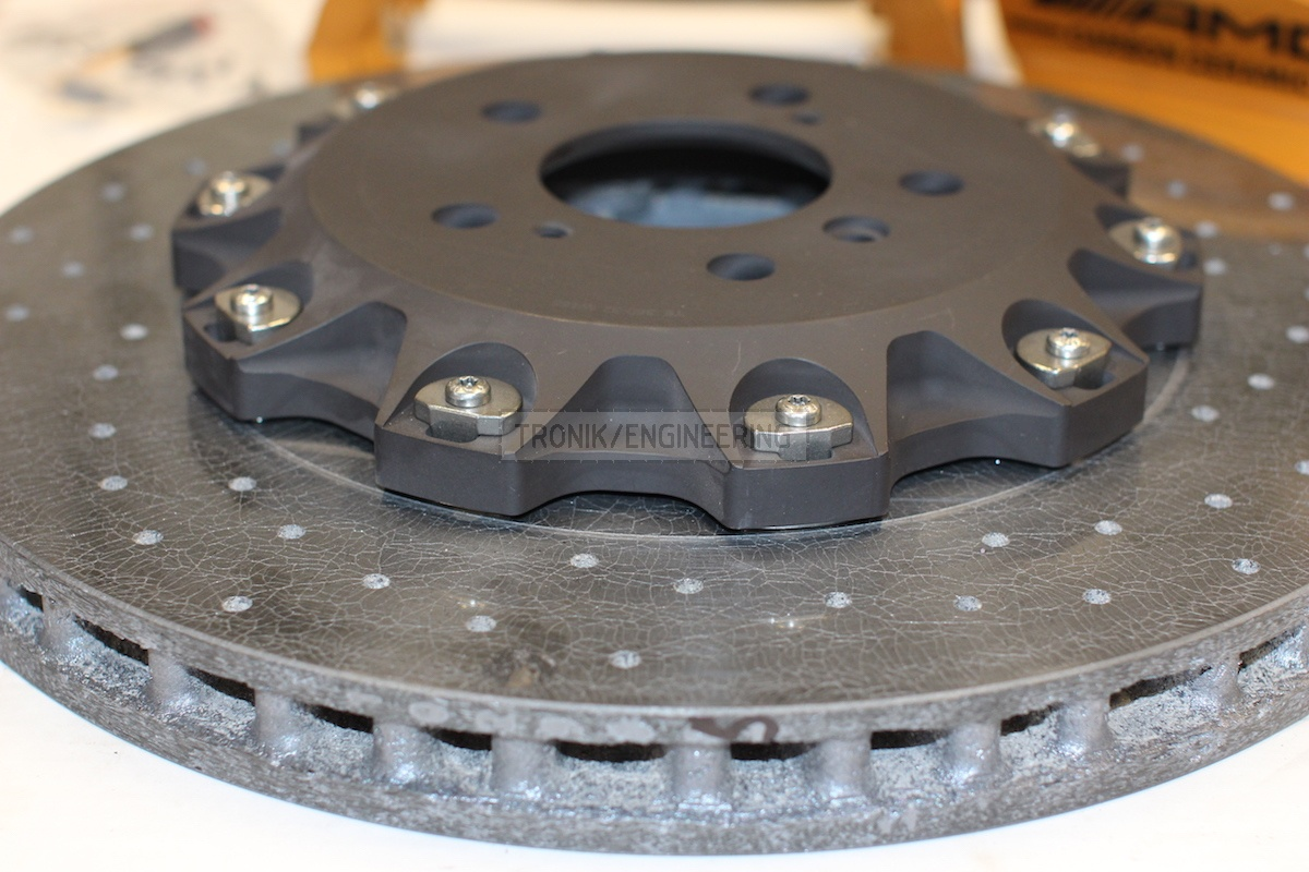 back carbon-ceramic disc pic 2