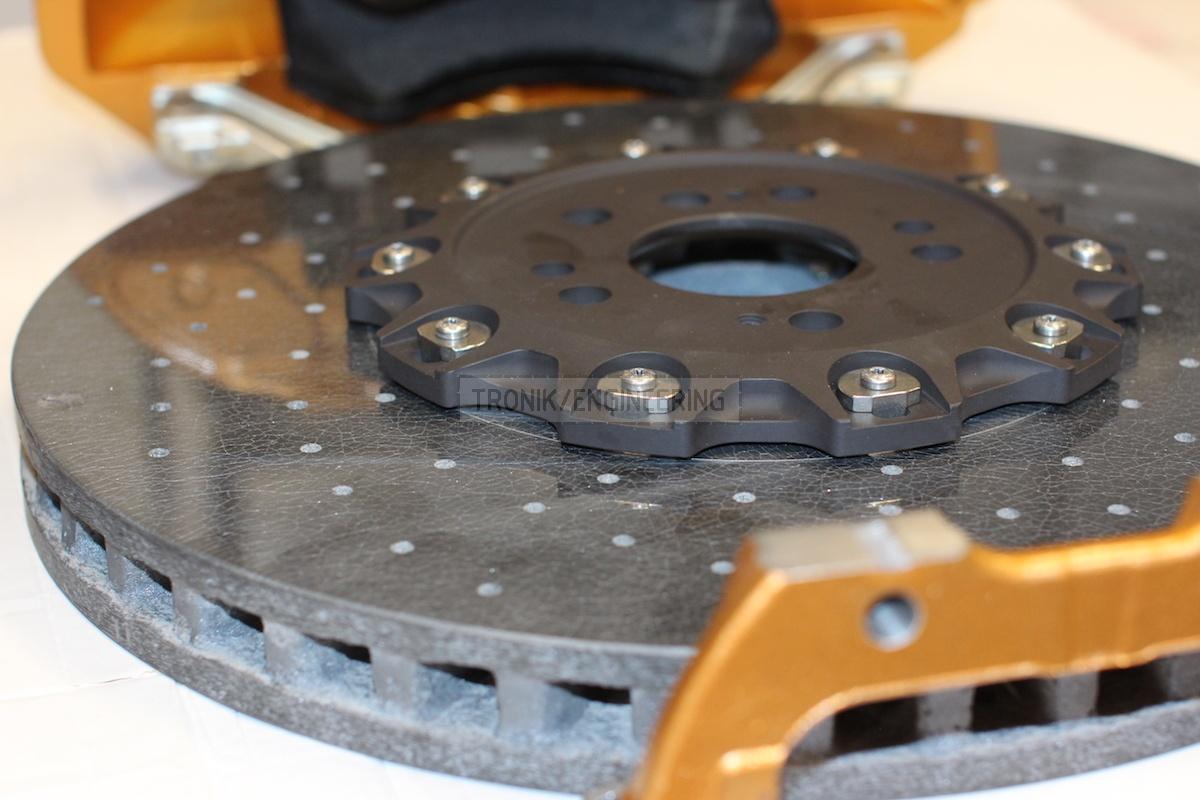 front carbon-ceramic disc pic 2