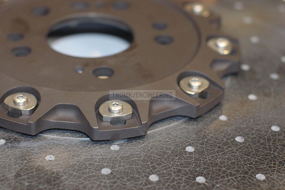 front carbon-ceramic disc pic 3