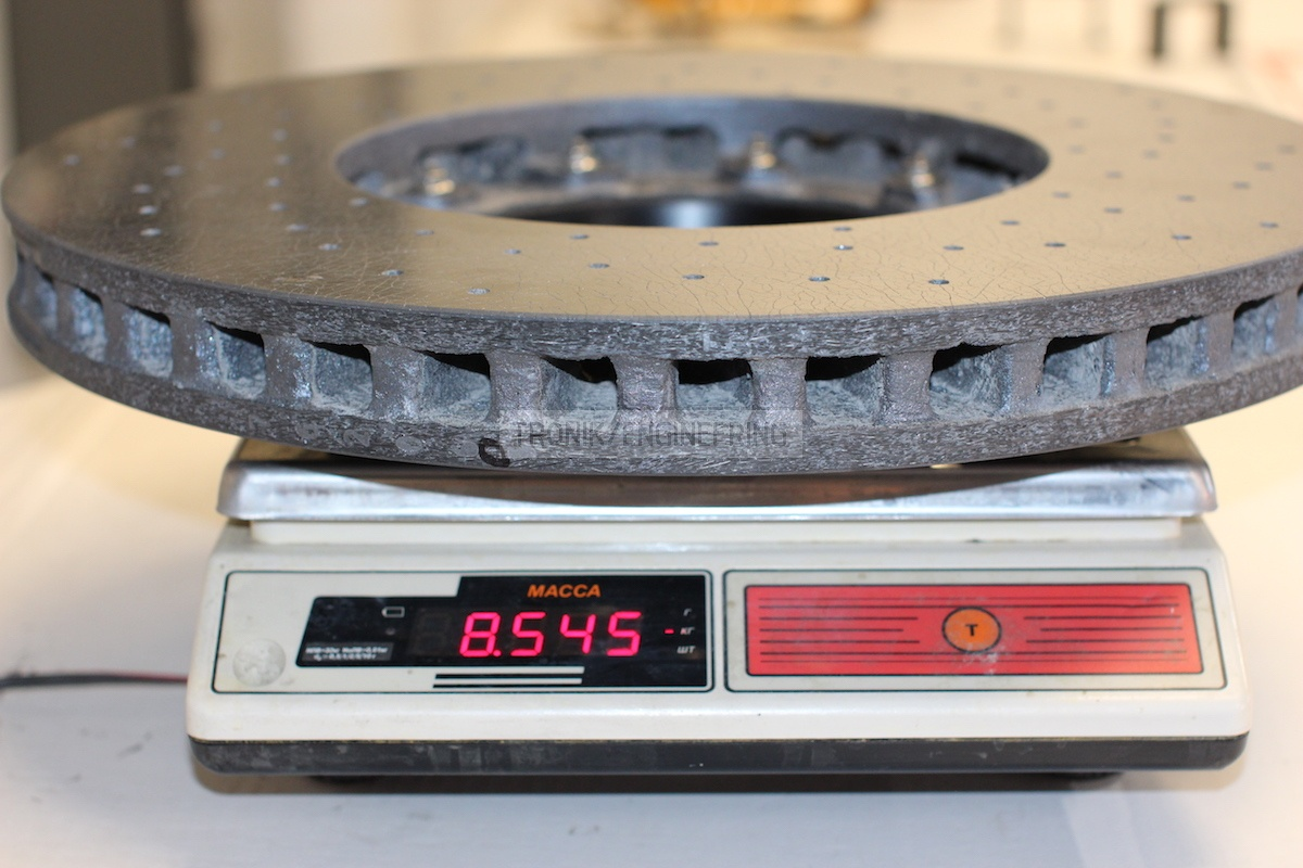 weight of front brake disc 420-40 8,5kg
