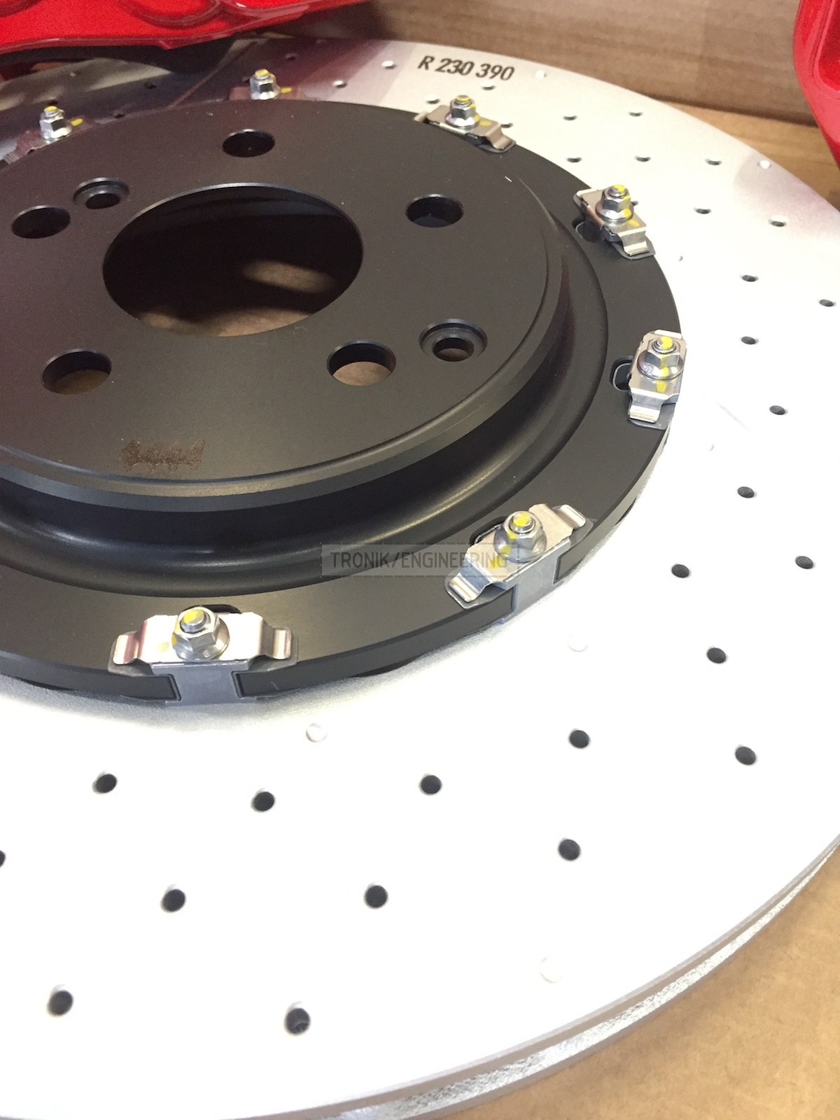 Brembo brake pad 390-36 assembled w/ hat