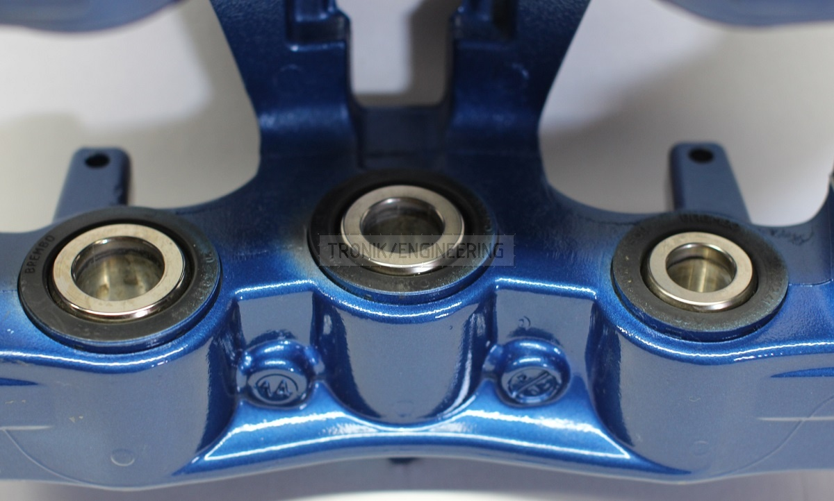 Brembo BMW M5 F10 Front caliper 30-34-36(mm)