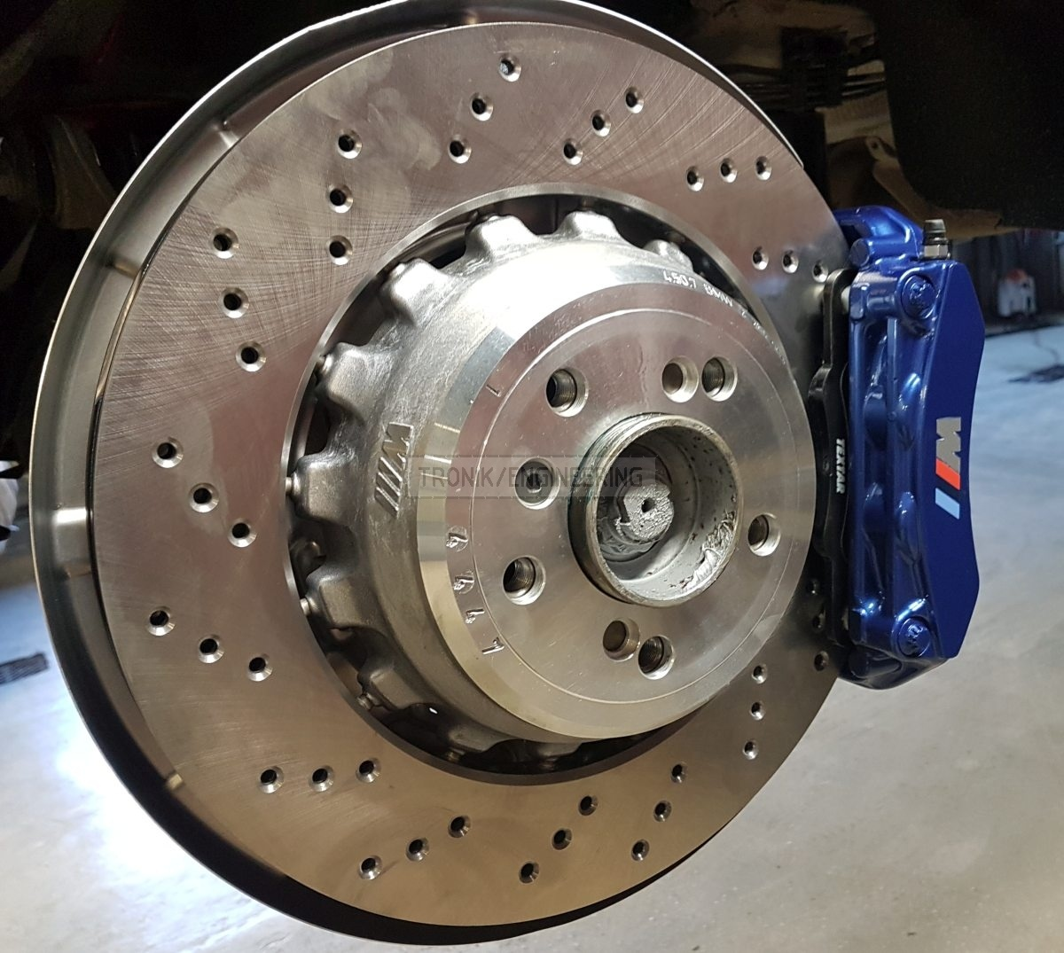 assembled rear axle brake system pic1