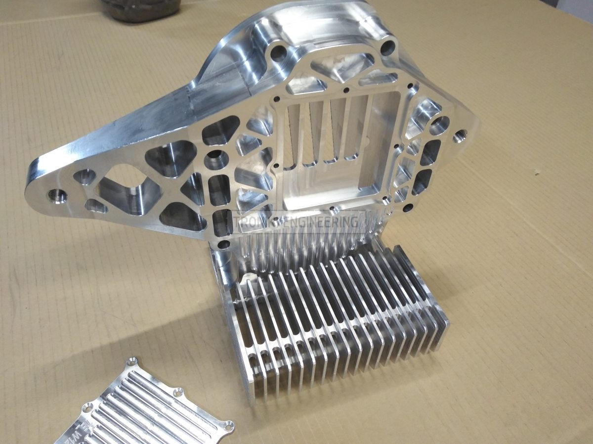 reducer lid & cooling radiator for Quaife lock diff on Mercedes Benz W124 E60 AMG pic7