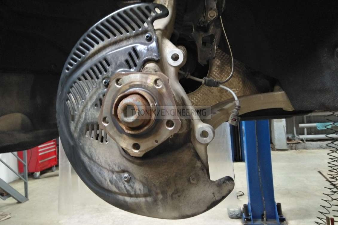 front brake rotor dust shield different angle