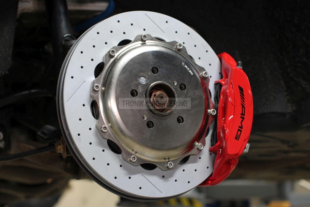 rear brake rotor&caliper installed into W164 pic1