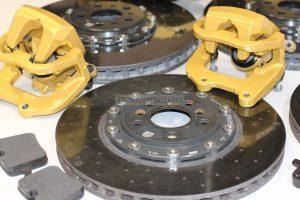 Carbon-ceramic brakes for BMW M5 F90. Photo 4