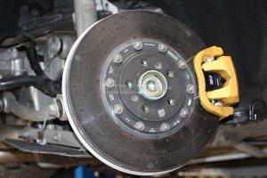 Rear carbon-ceramic brakes BMW M5 F90. Photo 2