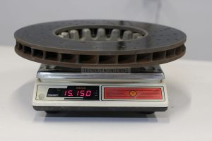 Weight of front iron rotor BMW M5 F90 is 15 150g