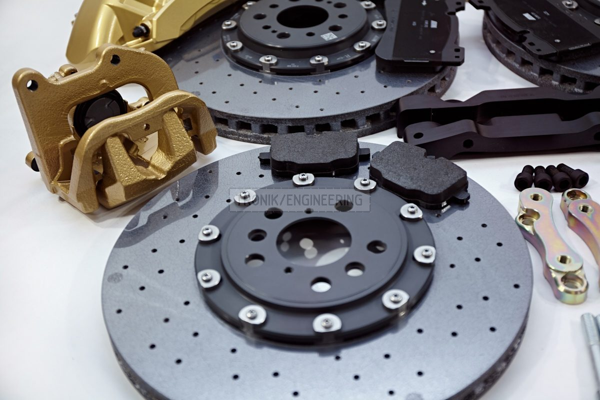 carbon ceramic brake system set BMW G11 pic 6