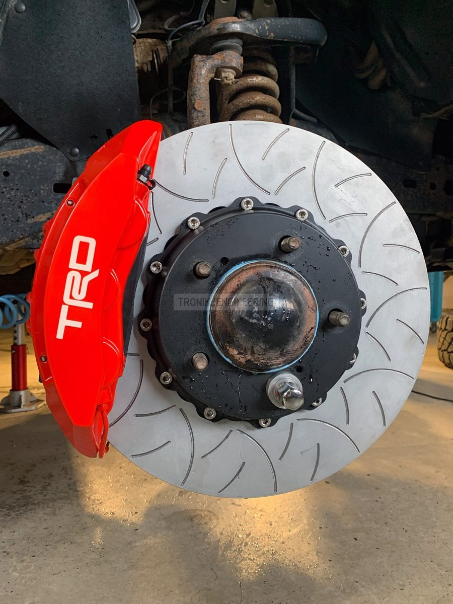 Front axle brake system for Toyota Tundra