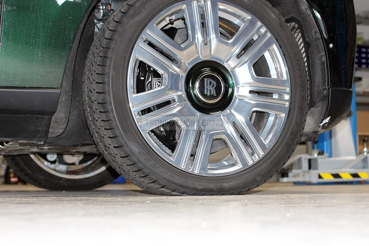 installed carbon ceramic brake system pic 5