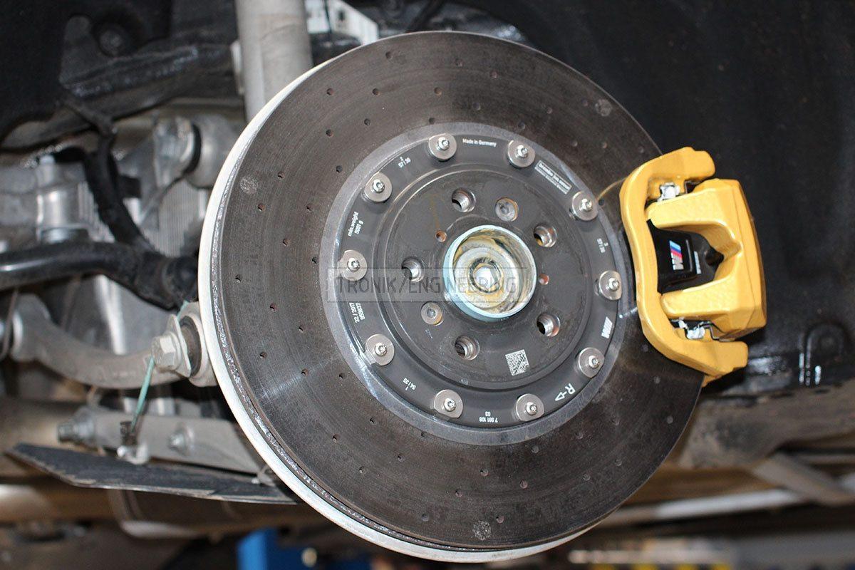 carbon ceramic brake system rear axle BMW F90 pic 2
