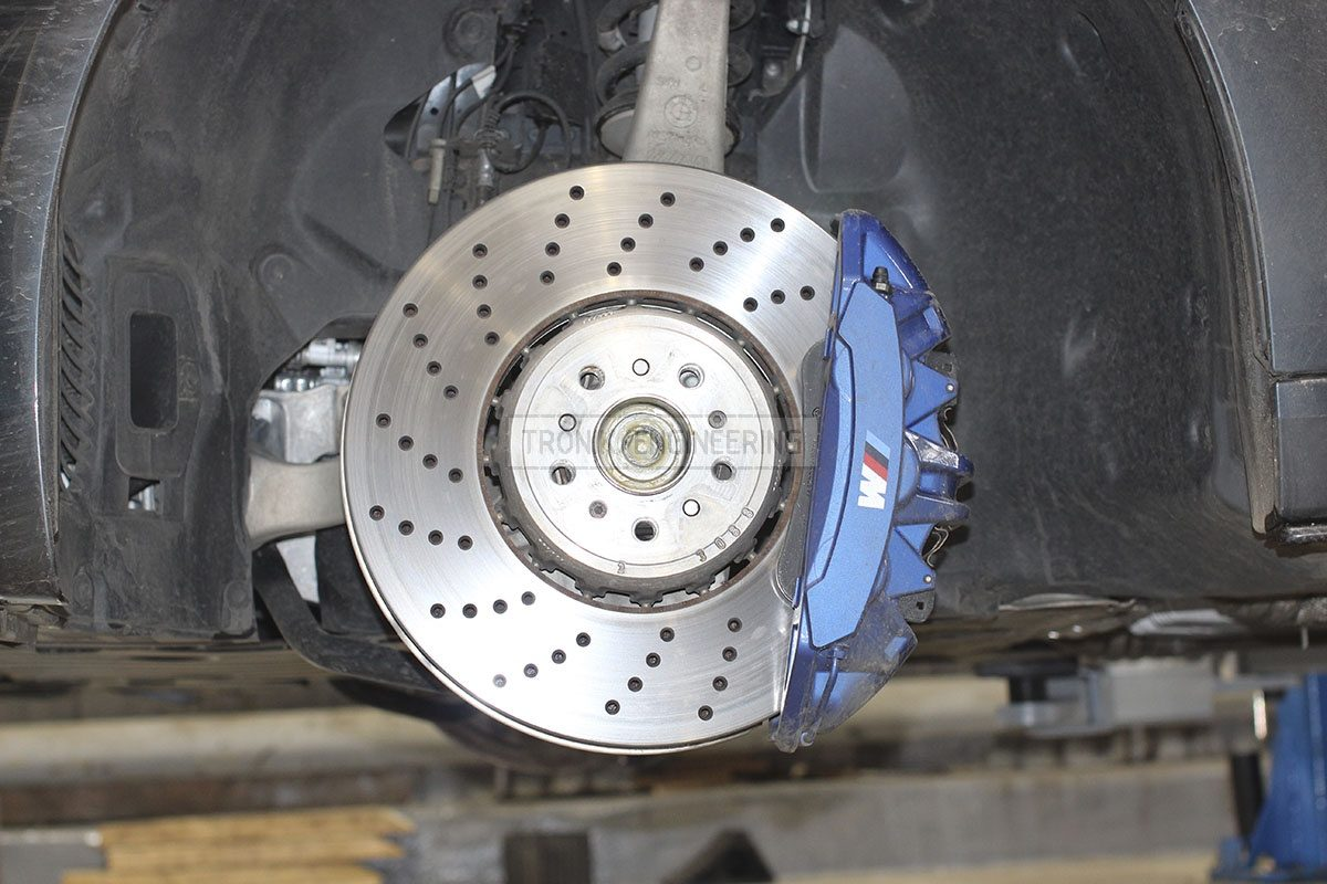 front axle brake system BMW F90pic 2