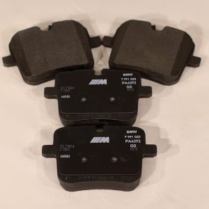 34 11 7 991 043 - BMW M5 F90 rear repair kit, brake pads asbestos-free