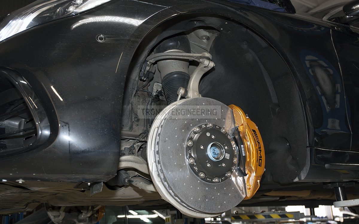 front axle carbon ceramic brake system Mercedes W222 S63AMG pic 2